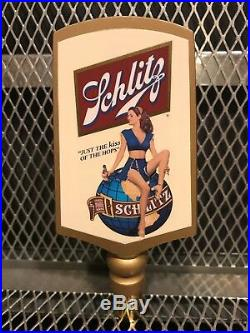 SCHLITZ BREWING MILWAUKEE RARE SEXY Pinup Beer Tap Handle Kiss of the Hops